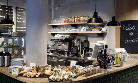Berliner Filiale mit Café: Budni erweitert Kompetenz