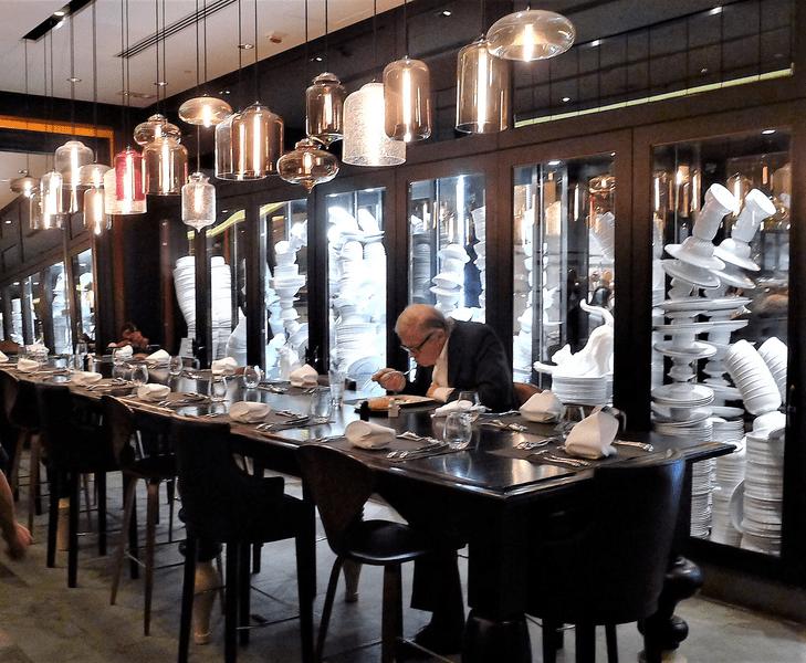 single dining